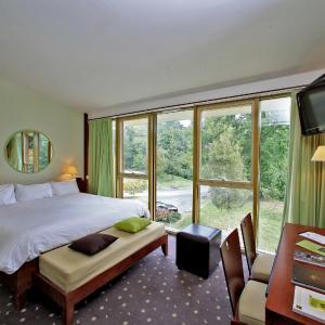 Hotel Pictures: Logis des Lacs d'Halco, Hagetmau