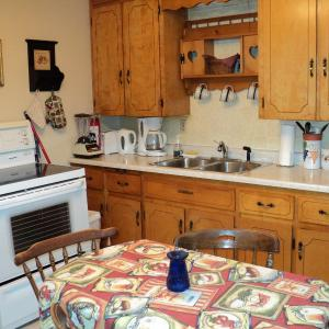 Hotel Pictures: Tides and Time Vacation House, Granville Ferry
