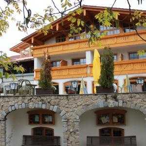 Hotel Pictures: Landgasthaus & Hotel Kurfer Hof, Bad Endorf