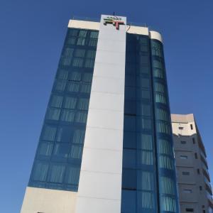 Foto Hotel: Apart Riviera Tower Suites, Villa Carlos Paz