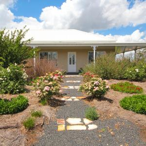 Foto Hotel: Spring Creek Cottage B&B, Gulgong