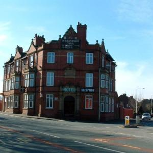 Hotel Pictures: Coaching Inn Hotel, Wigan