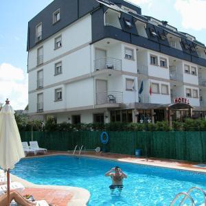 Hotel Pictures: Hotel Piñeiro, A Lanzada