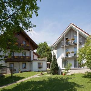 Hotel Pictures: Gästehaus Huber, Immenstaad am Bodensee