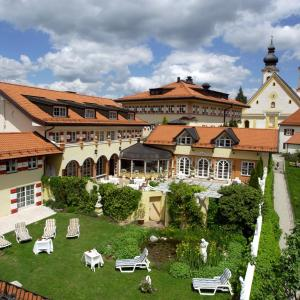 Hotel Pictures: Residenz Heinz Winkler, Aschau im Chiemgau