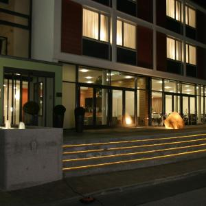 Hotel Pictures: Corbin Feng Shui Business Hotel By Libertas, Freising