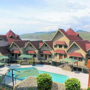 Hotel Pictures: The Castle at Swan Lake, Vernon