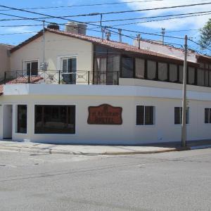Hotel Pictures: El Retorno Hostel, Puerto Madryn