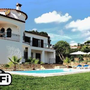 Hotel Pictures: Villa Ensueño, Calonge