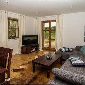 Hotel Pictures: Chalet am Bach, Bad Birnbach