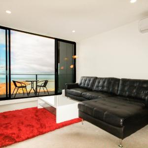 Hotel Pictures: Amazing Waterfront Apartment, Werribee