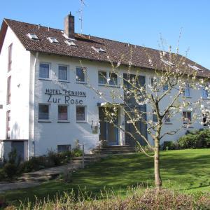 Hotel Pictures: Hotelpension Zur Rose, Bad Bevensen