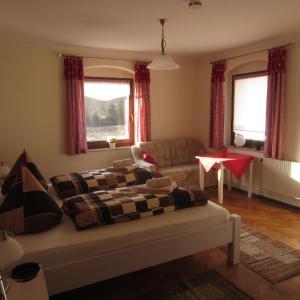 Hotel Pictures: Ferienwohnung Im Wiesenthal, Kurort Oberwiesenthal