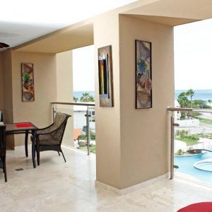 Hotel Pictures: Aruba Oasis Eagle Beach Ocean Front, Palm-Eagle Beach