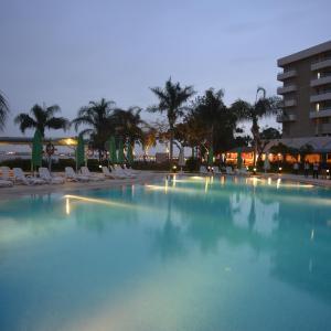 Hotel Pictures: Mercure Ismailia Forsan Island, Ismailia