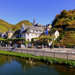 Hotelbilleder: Hotel Haus Burg Metternich, Beilstein