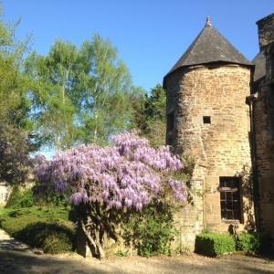 Hotel Pictures: Le Manoir du Jardin, Saint-Hilaire-du-Harcouët