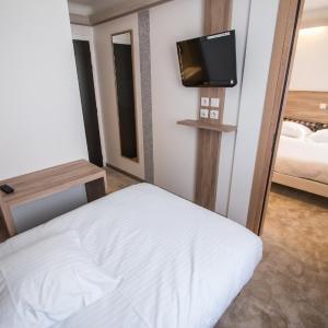 Hotel Pictures: Hotel Les Voyageurs, Modane