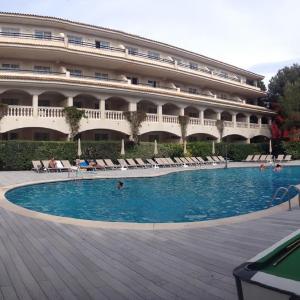 Hotel Pictures: Aparthotel Diamant, Cala Ratjada