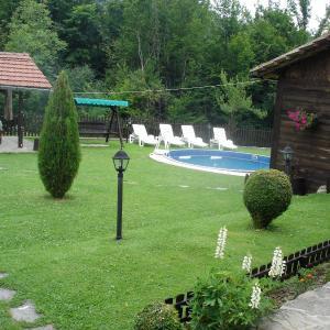 Hotellbilder: Holiday House Kostovi, Miykovtsi