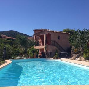 Hotel Pictures: Villa Les Trois Ponts, Sainte-Maxime