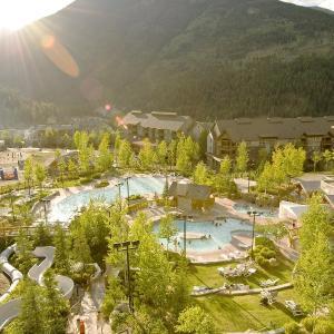Hotel Pictures: Panorama Mountain Resort - Ski Tip / Tamarack Condos, Panorama