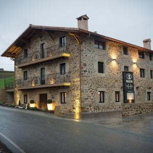 Hotel Pictures: Osabarena Hotela, Orozko
