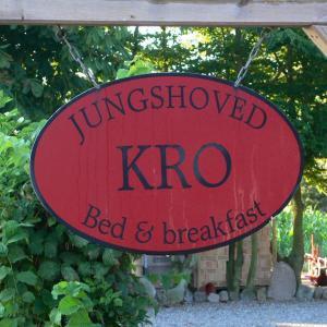 Hotel Pictures: Jungshoved Kro B&B, Præstø