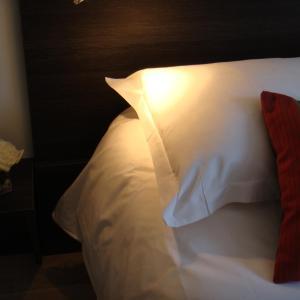 Hotel Pictures: Côté Hôtel, Légny