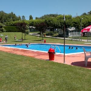 Hotel Pictures: Camping Lluçanès, Olost