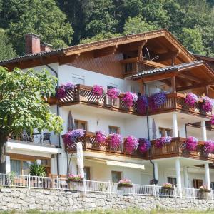Foto Hotel: Haus Nowak Ferienwohnungen, Millstatt