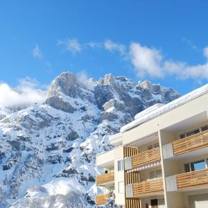 Hotel Pictures: Haus Cristal, Leukerbad