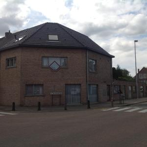 Hotel Pictures: Apartment Fruithof Tack, Sint-Gillis-Waas