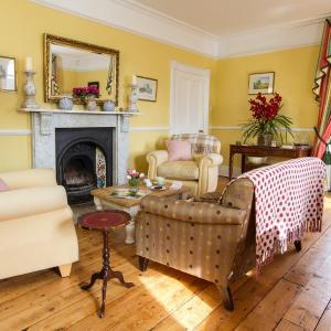Hotel Pictures: Huntingfield House B&B, Newnham