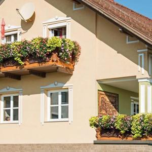 Hotelbilleder: Ferienwohnung Familie Hartinger, Riegersburg
