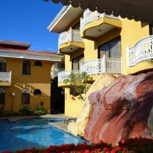 Hotel Pictures: Hotel Alamar, Puntarenas