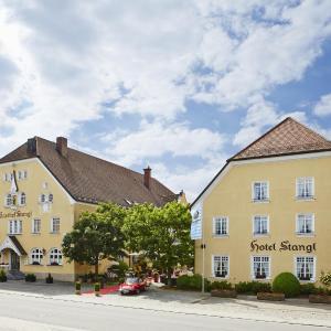 Hotelbilleder: Hotel Gutsgasthof Stangl, Neufarn