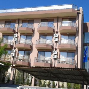 Hotellikuvia: Hotel Vega, Kranevo