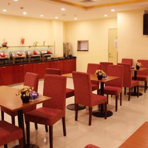 Hotel Pictures: Hanting Express Jinan Olymic Sports Center, Wuhan