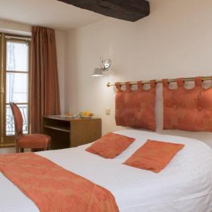 Hotel Pictures: Le Saint Michel, Sedan