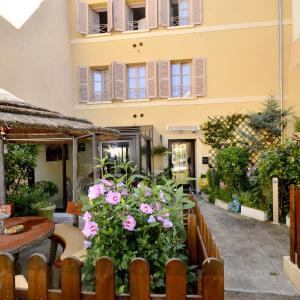 Hotel Pictures: Hôtel du Fort, Meulan