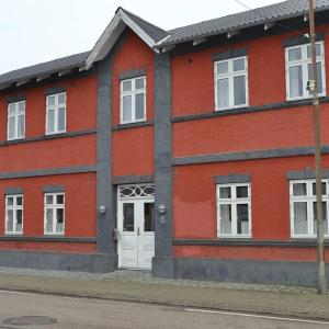 Hotel Pictures: Two-Bedroom Apartment Brogade 01, Bredebro