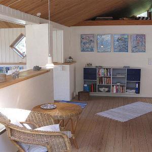 Hotel Pictures: Three-Bedroom Holiday Home Benbrækvej with a Sauna 04, Vesterø Havn
