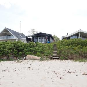Hotel Pictures: Three-Bedroom Holiday Home Dæmningen 07, Fredericia