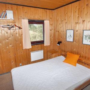 Hotel Pictures: Three-Bedroom Holiday Home Ellinge 07, Vig