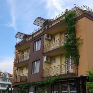 Hotelbilleder: Zora Guest House, Primorsko