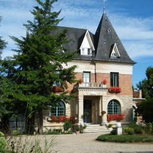 Hotel Pictures: Villa Les Iris, Saint-Félix