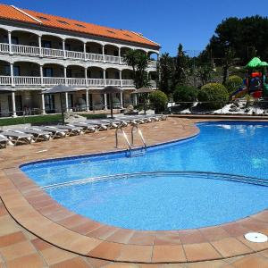 Hotel Pictures: Apartamentos Coral Do Mar II, Portonovo