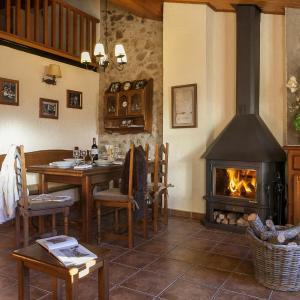 Hotel Pictures: La Batllia I, Sant Joan de les Abadesses
