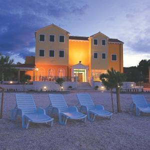 Fotos do Hotel: Hotel Spongiola, Brodarica